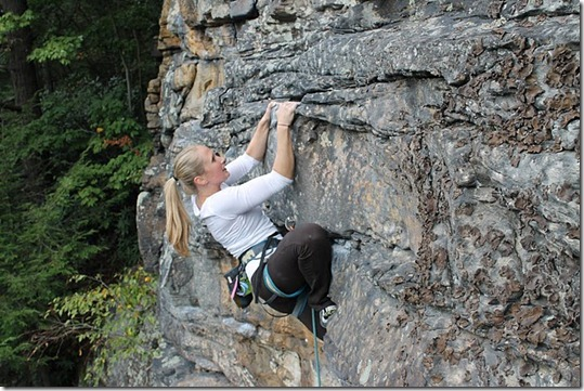 novak climbing 2